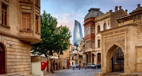 Azerbaydzhan-Retina
