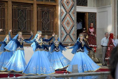 azerbaijani-dances-5