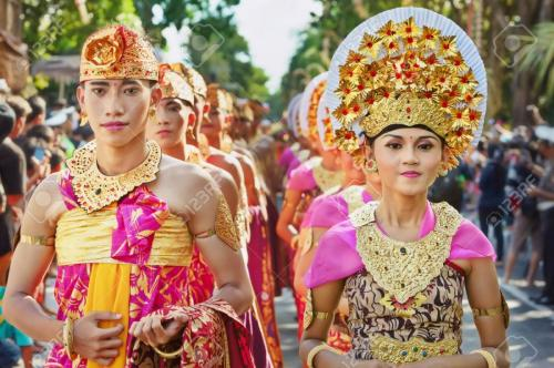 51412560-BALI-INDONESIA-JUNE-13-Portrait-of-Bali-people-in-beautiful--Stock-Photo