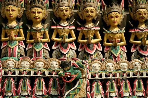 blog-my-trip-to-Bali-Nishma-carvings