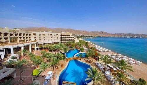 Intercontinental-Aqaba-Resort-pool-view