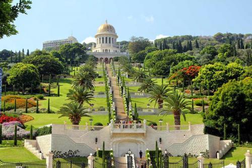 Israel-Bahai-Gardens